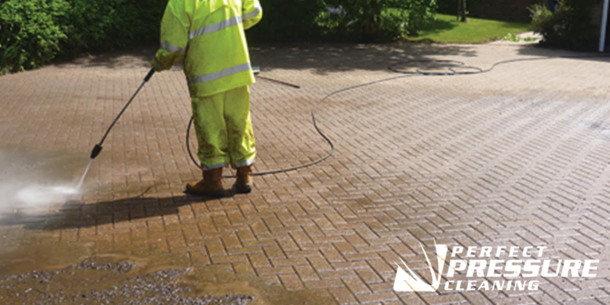 PRESSURE WASHING SERVICES IN FORT PIERCE SOUTH FLORIDA